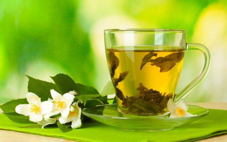 Зеленый чай с медом способствует увеличению груди